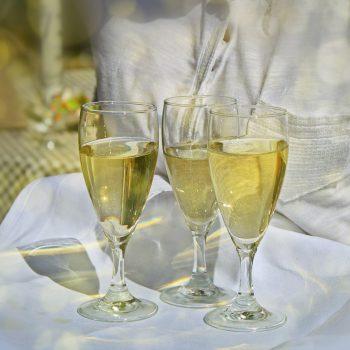 catering con champagne para bodas y celebraciones